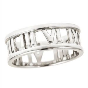 Sterling Silver Roman Numeral Cutout Band Ring